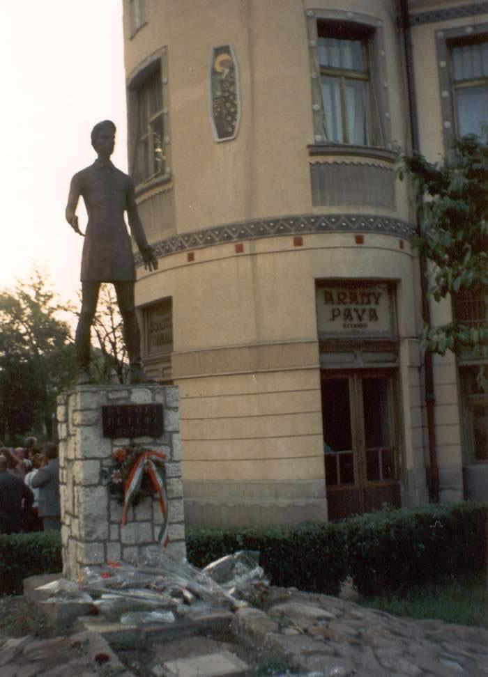 1995-05-25-munkacs-09