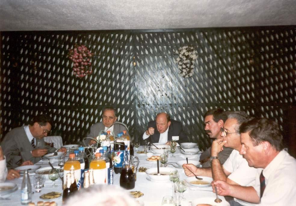 1997-09-27-revkomarom-01