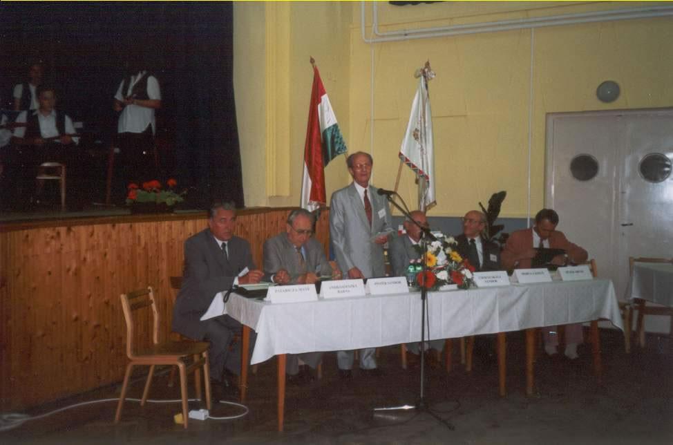 2001-06-15-felsoszentivan-01
