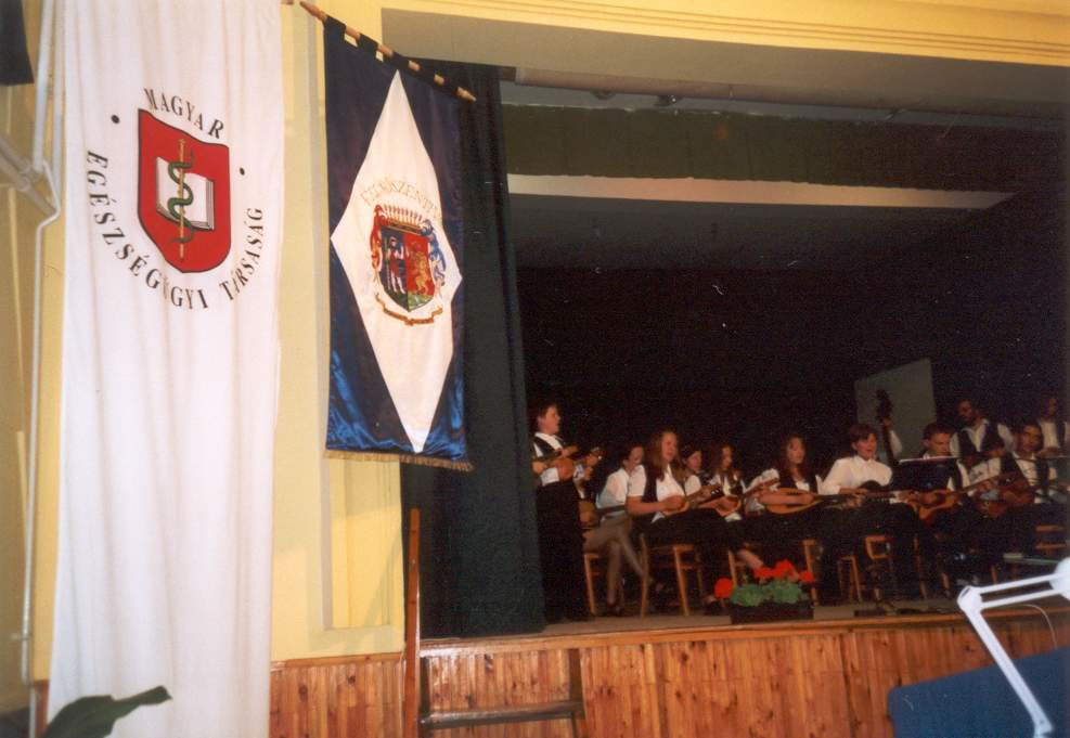 2001-06-15-felsoszentivan-02