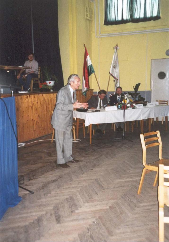 2001-06-15-felsoszentivan-06