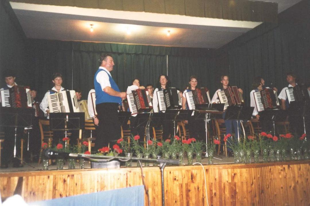 2001-06-15-felsoszentivan-12