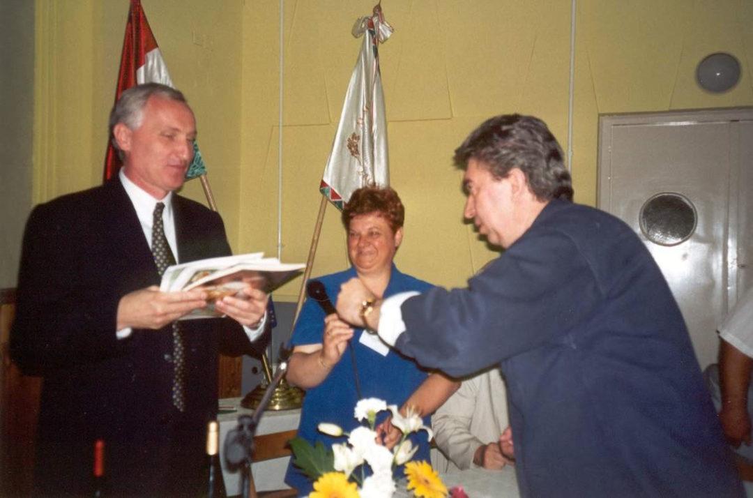 2001-06-15-felsoszentivan-16