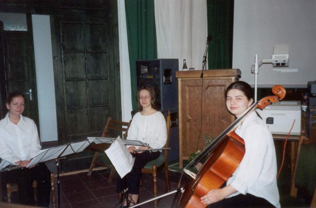 2002-05-03-lakitelek-09
