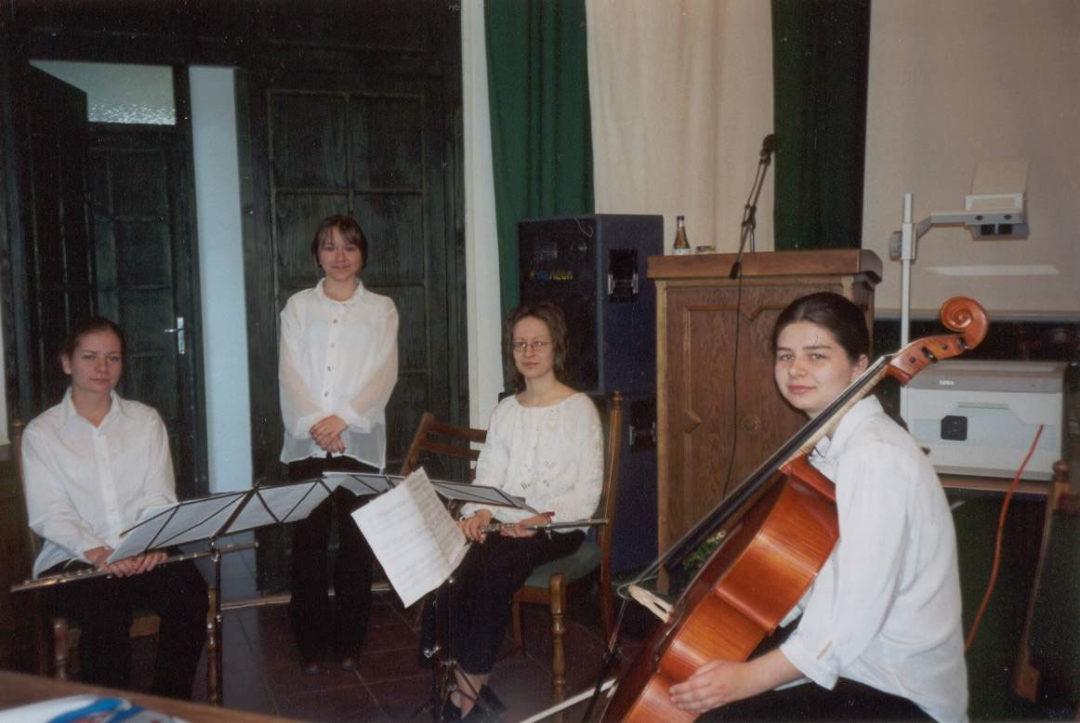 2002-05-03-lakitelek-10