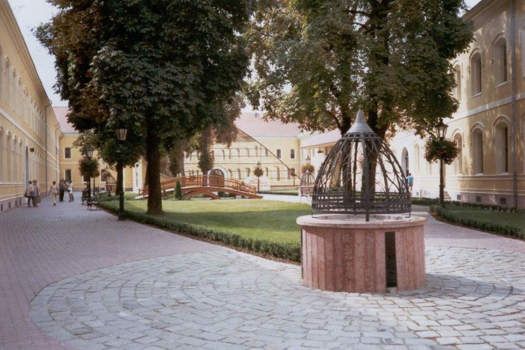 2002-10-04-kassa-02