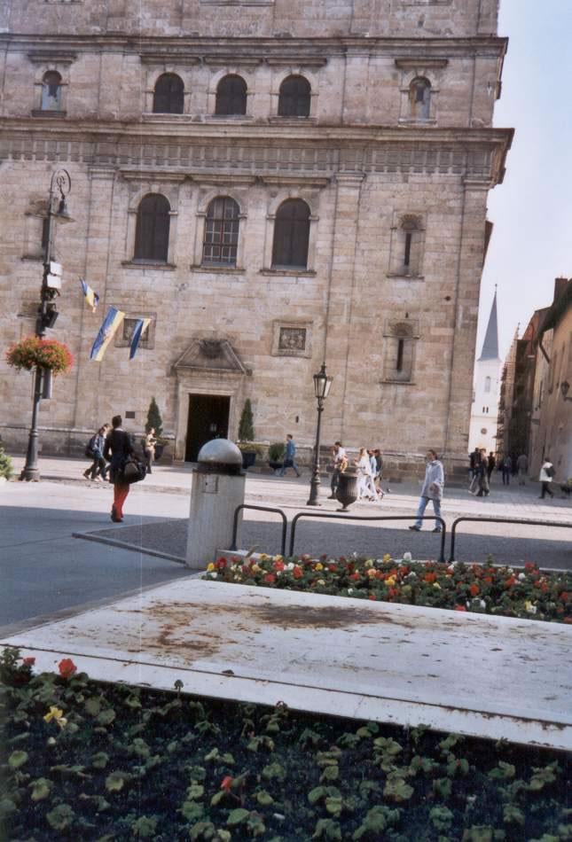 2002-10-04-kassa-44